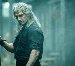 Henry Cavill Witcher Ses